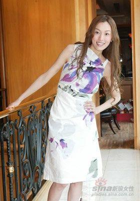 跟范范学习 清新美裙搭配高招